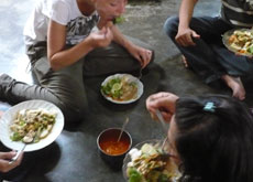 Cook and eat 7 East Javanese traditional dishes - all natural ingredients
