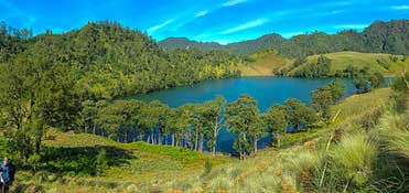 Kumbolo lake on your way to the summit of Mt. Semeru - East Java
